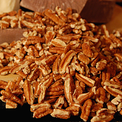 Raw Large Pecan Pieces